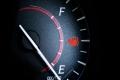 أضرار قيادة السيارة بالربع الأخير من خزان الوقود