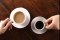 السكر الأبيض للشاي والبني مع القهوة.. لماذا؟
