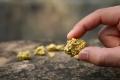 ليس في المجوهرات والسبائك فحسب.. تعرّف على استخدامات غير معتادة للذهب