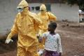"""سيراليون...""""ايبولا"""" تفرض الحجر الصحي على سكان قرية بأكملها"""