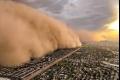 بالفيديو.. عاصفة رملية جبارة تبتلع مدينة في ثوان
