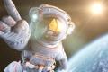 ماذا لو فقد رائد الفضاء مركبته؟ شركة تبتكر سترات نجاة مستمدة من الرحم تحمله بسلام ...