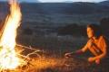 هل النار سائلة أم غازية وما سبب ارتفاع حرارتها؟
