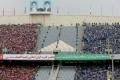 منع إيرانيات بزي رجال من دخول ملعب كرة قدم