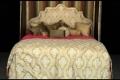 شاهد بنفسك.... بالفيديو: سرير ثمنه 250 ألف دولار!!