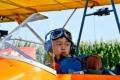 بالصور: طفل صيني ينجح في قيادة طائرة لمدة 35 دقيقة
