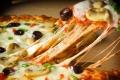 على عكس الشائع.. «البيتزا» و«الأيس كريم» أطعمة صحية