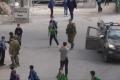 بالفيديو: جنود الاحتلال ينكلون بطلاب مدرسة بالخليل