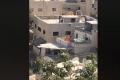 بالفيديو المخزي... اطلاق نار واحراق مركبات خلال شجار في القدس