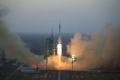 الصين تطلق بعثة مأهولة إلى محطة الفضاء التجريبية