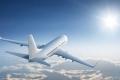 لماذا يتم طلاء هياكل الطائرات الخارجية غالباً باللون الأبيض؟