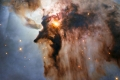 """تلسكوب """"هابل"""" يرصد """"خفاشا"""" عملاقا يتحرك في أعماق الفضاء.. فيديو"""