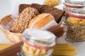 حتى لو كنت تسعى لإنقاص الوزن.. لا تتخلَّ عن الخبز والأرز والسكر