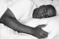 لماذا يتكلم بعض الناس أثناء النوم؟