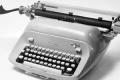 عودة ألمانية لاستخدام الآلة الكاتبة خوفاً من التجسس