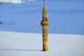 """بالصور.. مئذنة الثلج تجذب محبي التصوير إلى """"أغري"""" التركية"""