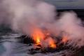 بركان ماونت لوكون يعاود الثوران بإندونيسيا مطلقًا حممًا ورمادًا كثيفين