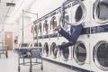 يشق عليكم غسل الملابس؟ هذه الطريقة الأفضل