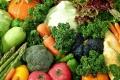 عالج نفسك وقاوم الأمراض بألوان الخضروات والفواكه