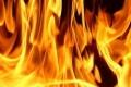 شاب من نابلس يحتجز والدته في غرفة ويضرم النار فيها