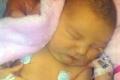 بالصور: معجزة إلهية .. طفلة تعيش بنصف قلب فقط !