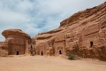 «جابوا الصخر بالواد».. مدائن صالح مدينة سعودية قد تحتاج فتوى لزيارتها
