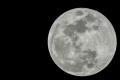 بالفيديو| القمر .. كيف نشأ وما عمره؟