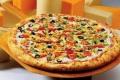 """شاهد.. لماذا قررت مطاعم البيتزا إلغاء قاعدة """"اخدم نفسك بنفسك"""""""