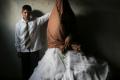 حدث في فلسطين... بالصور.. العريس 15 عاماً والعروس 14 عاماً
