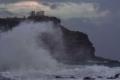 عاصفة تضرب اليونان وتغرق الطرق