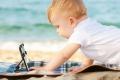 لماذا يجب إبعاد الأطفال عن الشاشات التي تعمل باللمس؟