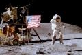 صور فضائية تظهر بقاء الاعلام الذي زرعها رواد ابولو على سطح القمر في مكانها