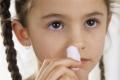 ماذا يعني نزيف أنف الطفل من فتحة واحدة؟