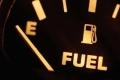 هل تضرّ القيادة بخزان وقود شبه فارغ بسيارتك؟