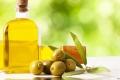 زيت الزيتون.. أهم الدهون الصحية على الأرض