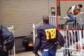 شاهد بالفيديو : تصرف غبي لضابط يجذب 6.5 ملايين مشاهدة
