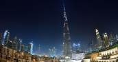 """لحظة مرور عاصفة قوية على """"برج خليفة"""" في دبي (شاهد)"""