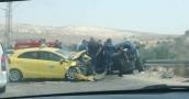 بالصور : وفاة مواطن وإصابات في حادث سير مروع في نابلس