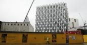 مفاجأة أمنية في السفارة الأميركية الجديدة التي كلفت مليار دولار في لندن