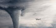 """علماء يدرسون """"عين"""" الإعصار لتحسين فرص التنبؤ بكثافته"""