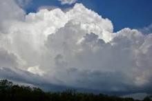حالة الطقس اليوم الخميس وغداً ومطلع الأسبوع القادم