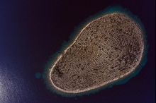 ما سر جزيرة بصمة الإصبع؟
