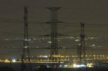 شركة الكهرباء الإسرائيلية ستبدأ بقطع التيار الكهربائي عن الضفة اليوم.. ...