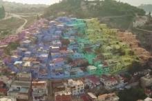 بالصور: بلدة سياحية تركية تكتسي بألوان قوس قزح.. استخدموا 50 ...
