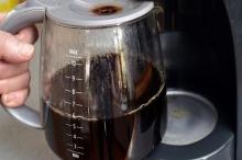 """ماكينة القهوة تحتوي على جراثيم مثل """"حوض الحمام"""""""