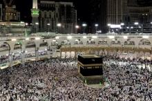 السعودية تعلق الدخول إلى أراضيها لأغراض العمرة وزيارة المسجد النبوي ...