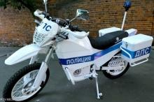 """جديد """"كلاشنيكوف"""".. دراجة نارية للقوات الروسية"""