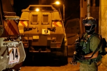جيش الاحتلال يعتقل 15 مواطناً فجر اليوم