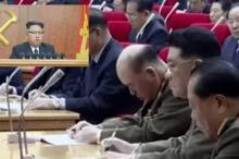 قائد أركان الجيش يغفو خلال كلمة كيم جونغ أون