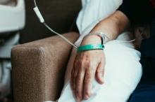 دخلت في غيبوبة عام 1991 عندما كان أطفالها في الرابعة ...